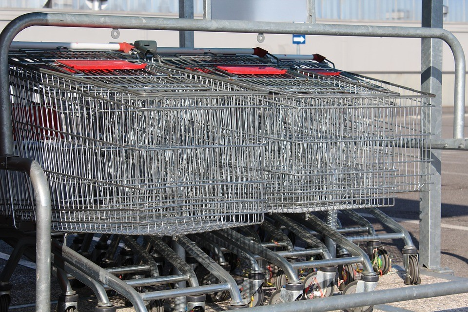 Stainless Or Carbon - Which Steel Is Better For Trolleys