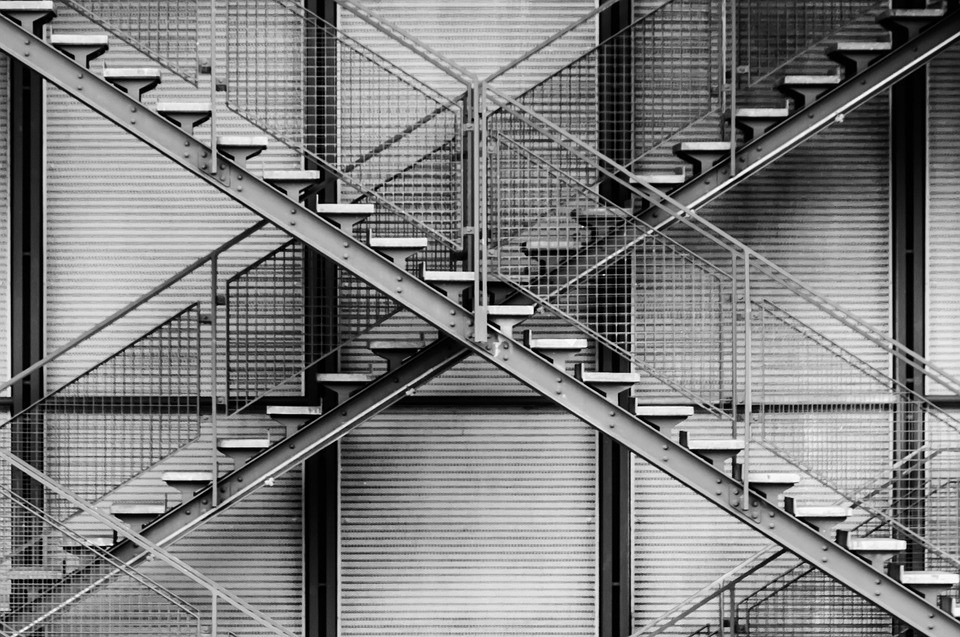 What Types Of Staircase Make The Best Use Of Steel Fabrication