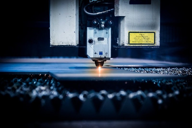 The Advantages & Disadvantages Of Plasma Cutting