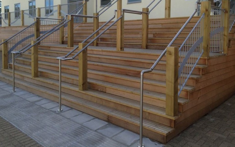 The Most Suitable Type of Metal For Outdoor Railings and Handrails